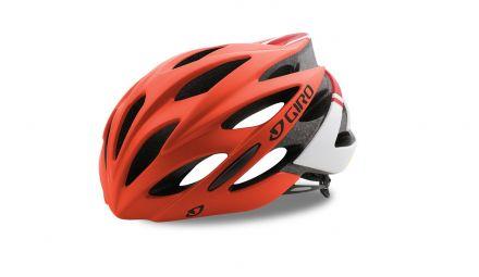 Kask rowerowy Giro Savant z aż 25 otworami wentylacyjnymi