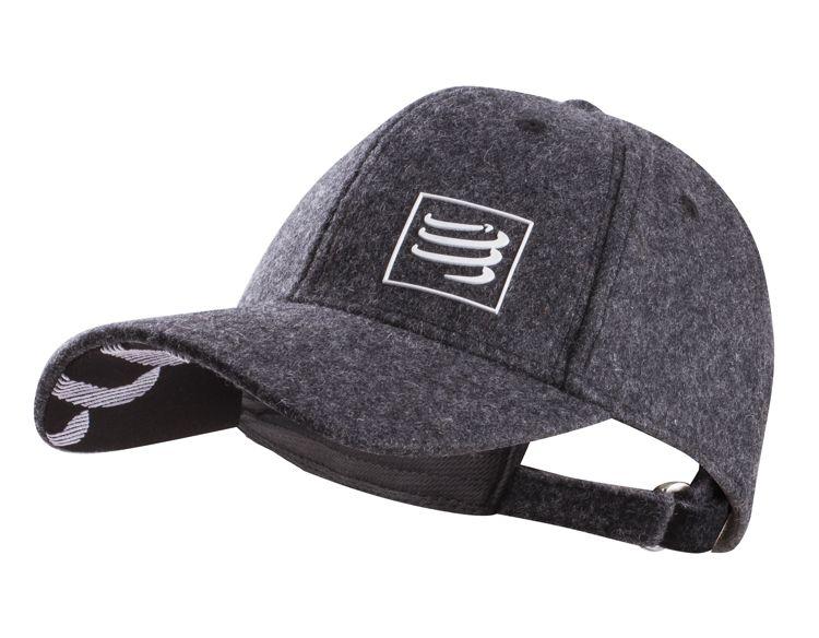 Compressport Wool Cap - czapeczka z daszkiem wykonana z wełny owiec meryno CAP-008